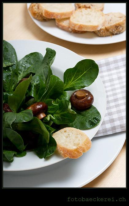 Tag 299 Projekt 365  Vogerl salad champignons