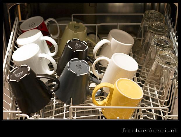 Tag 351 Projekt 365 Tassen im Geschirrspueler
