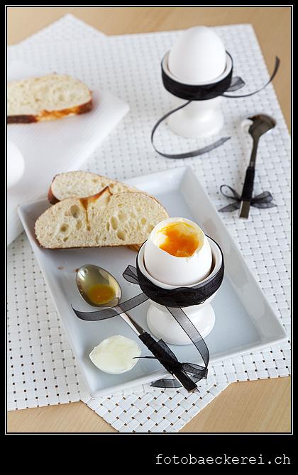 Woche 11 weich gekochtes Ei, schwarze schleife